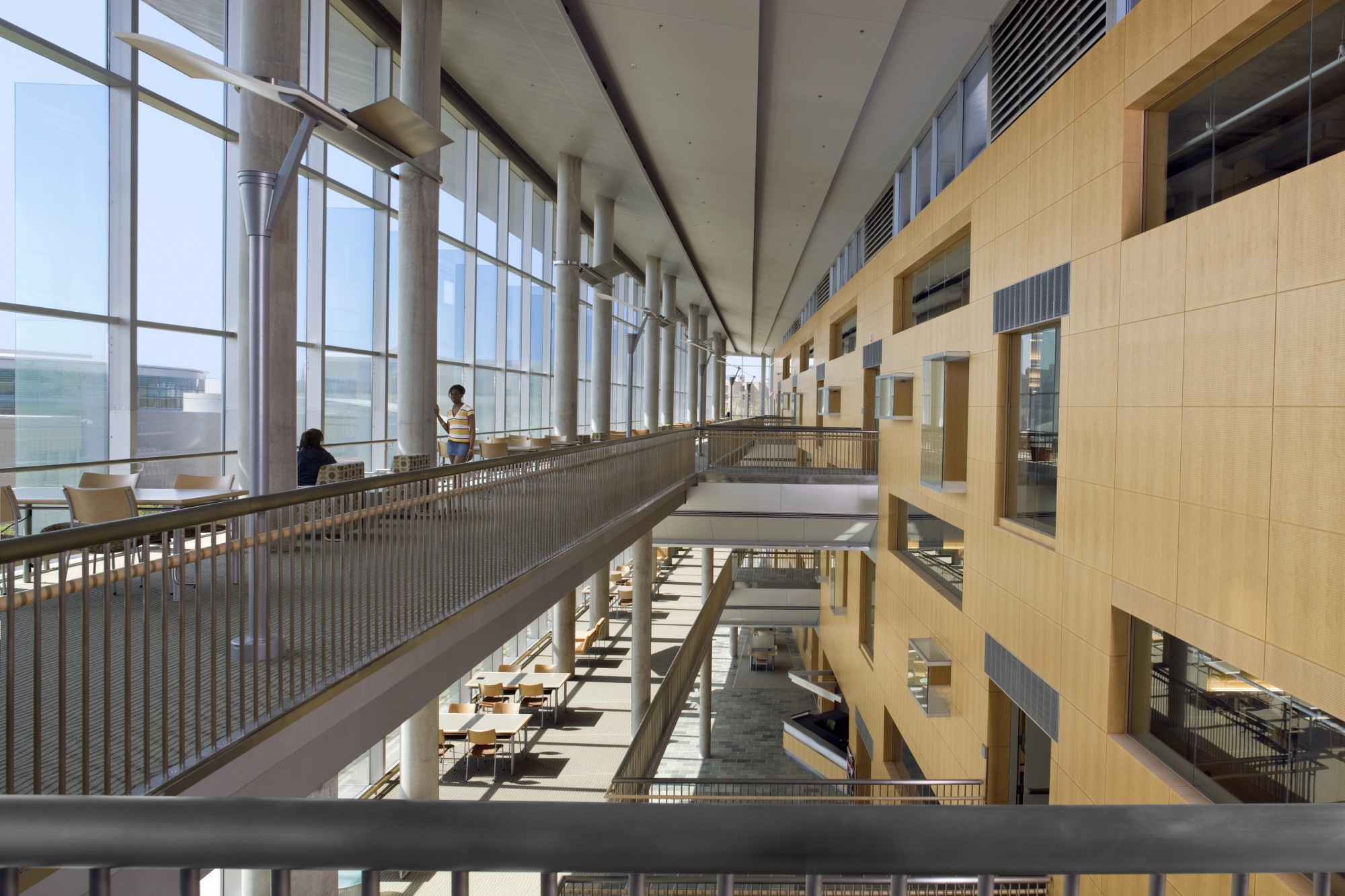 Morgan State University Earl S Richardson Library