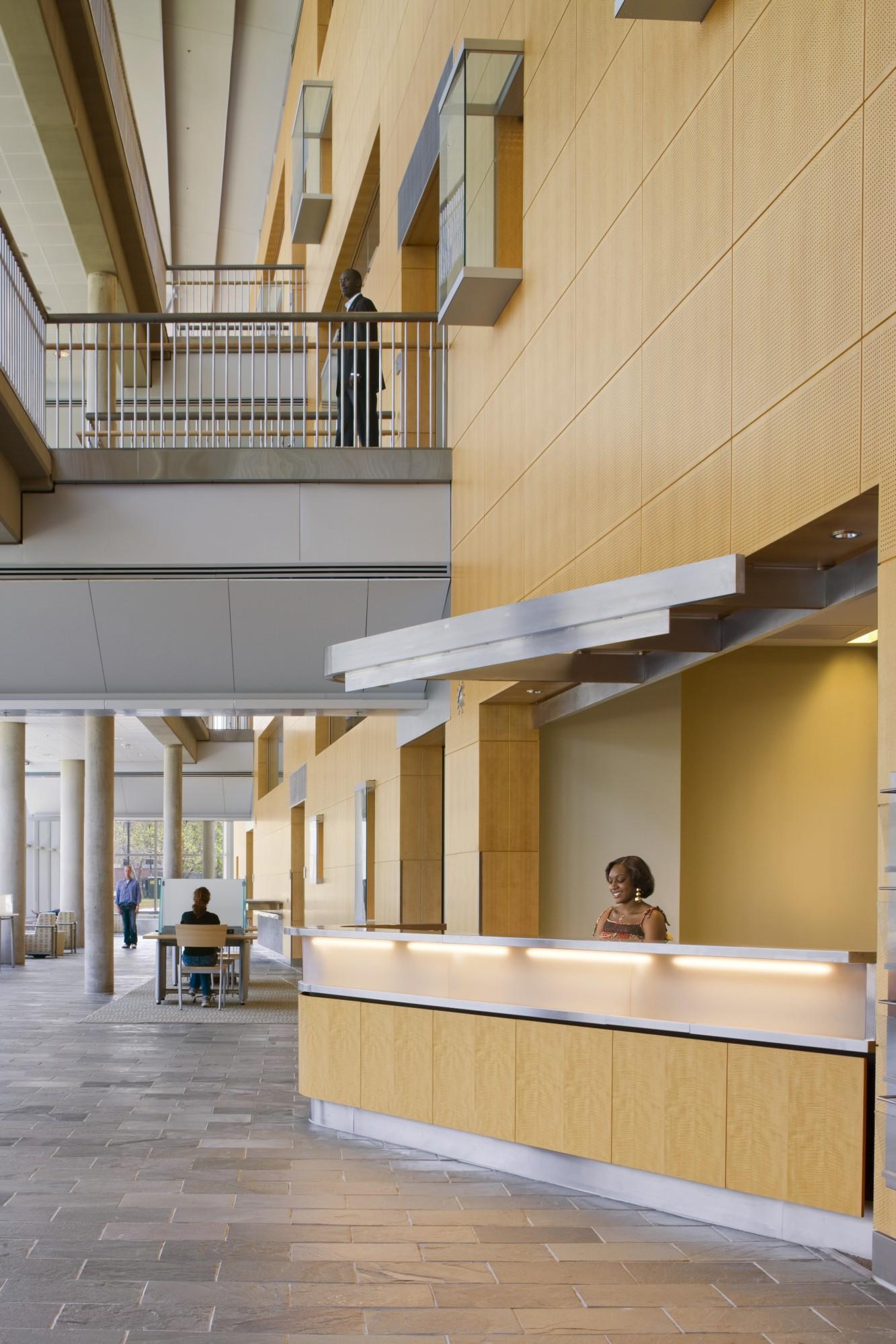 Morgan State University Earl S Richardson Library